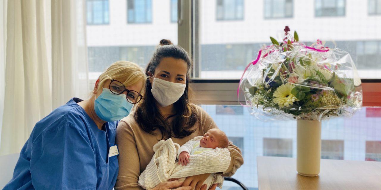 2000. Baby im Klinikum Darmstadt geboren