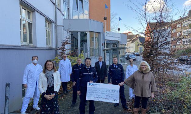 JVA spendet 1500 Euro an den Förderverein der Klinik für Kinder- und Jugendmedizin