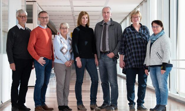 """""""Nähe schaffen trotz Distanz"""". Tag des Patienten 2021 an der UMG: Coronabedingt erstmals über Telefon-Hotlines"""