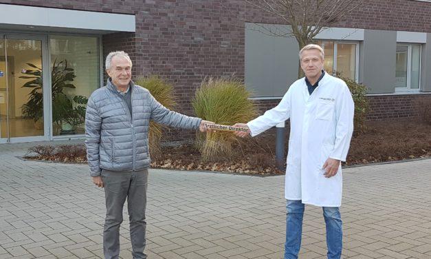 Dr. Martin Grummel folgt Dr. Wilhelm Kirschke als  Ärztlicher Direktor des St. Bernhard-Hospitals