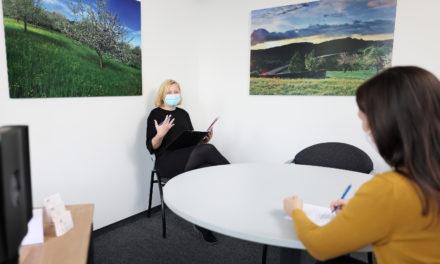 Krebsberatungsstelle Rems-Murr: Beratungsangebot auf Telefon- und Videosprechstunden ausgeweitet