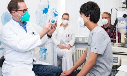 Universitätsklinikum Halle (Saale) ermöglicht Jungen aus Afghanistan eine schwierige Augen-OP