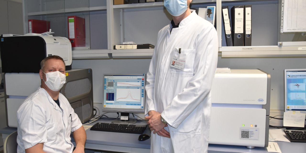 Den Mutanten auf der Spur: Unimedizin Rostock erweitert Testungen