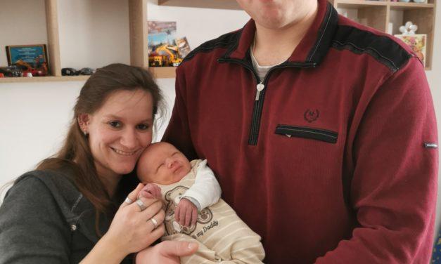 Martin Timotheus hatte es eilig: Geburt im Rettungshubschrauber im Anflug aufs Klinikum Osnabrück