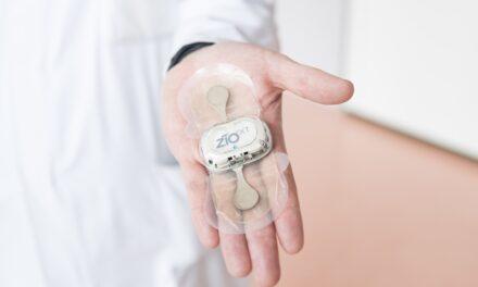 Mobiles Rhythmuspflaster kann Vorhofflimmern frühzeitig erkennen. Publikation in JAMA Cardiology