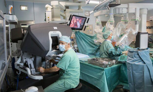 Erstes Zentrum für roboterassistierte und navigierte Chirurgie in Sachsen am UKL gegründet