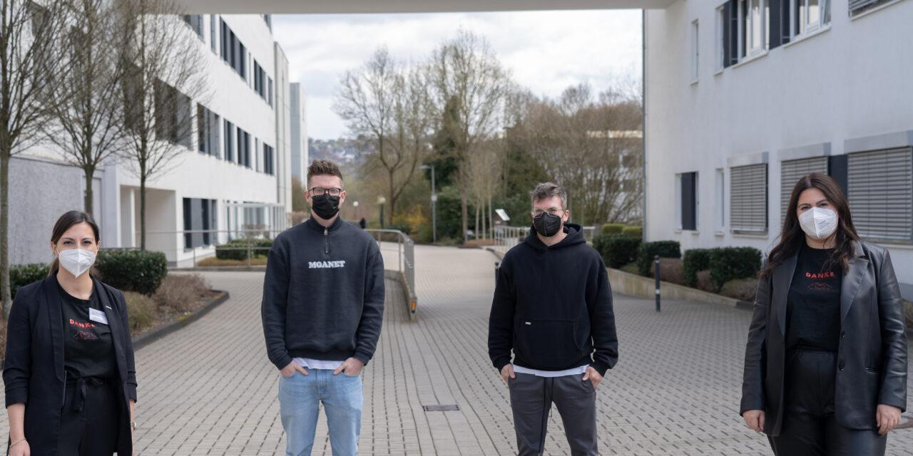 Moanet und Honig der Möwen spenden 1.300 Euro an das Kreisklinikum Siegen