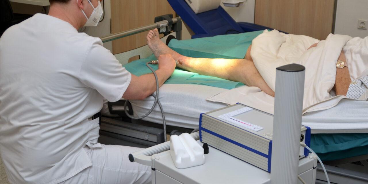 Gefäßchirurgie im Knappschaftskrankenhaus setzt auf neue Methode in der Wundbehandlung