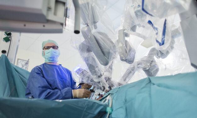 Neue Dimensionen chirurgischer Arbeit: Klinikum Dortmund verfügt ab sofort über Zentrum für Roboter-gestützte Chirurgie